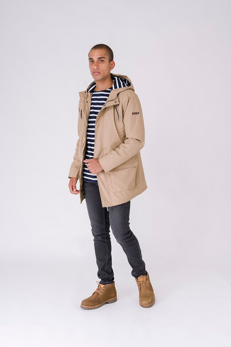 Raincoat with cotton striped lining