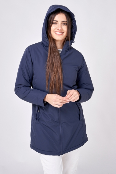 C3073 Raincoat with taped seams